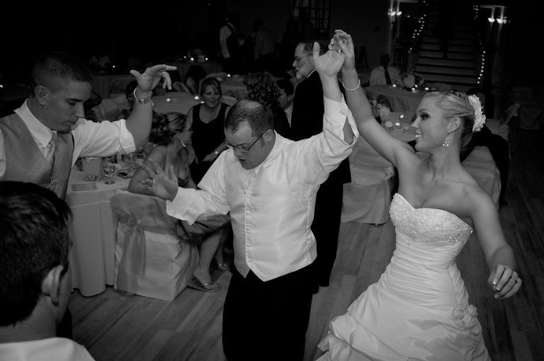 DJ Playlist: Newcomer Wedding Playlist » Pittsburgh Wedding