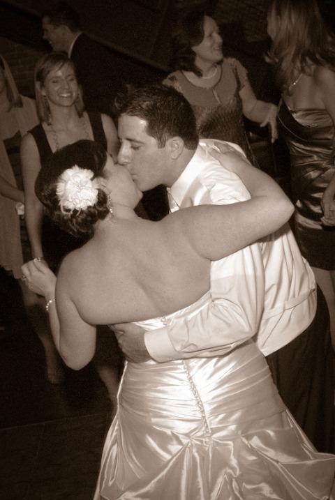 Pittsburgh DJ Wedding Spanish