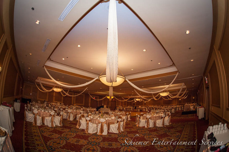 Embassy Suites Hotel Moon Township