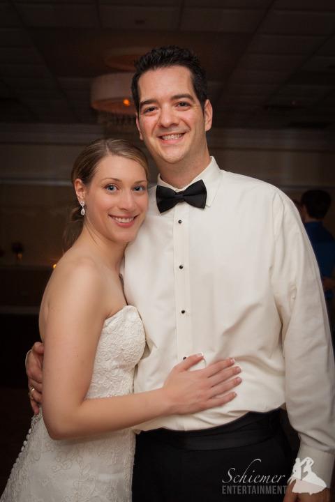 Pittsburgh River Club Wedding DJ (25 of 25)