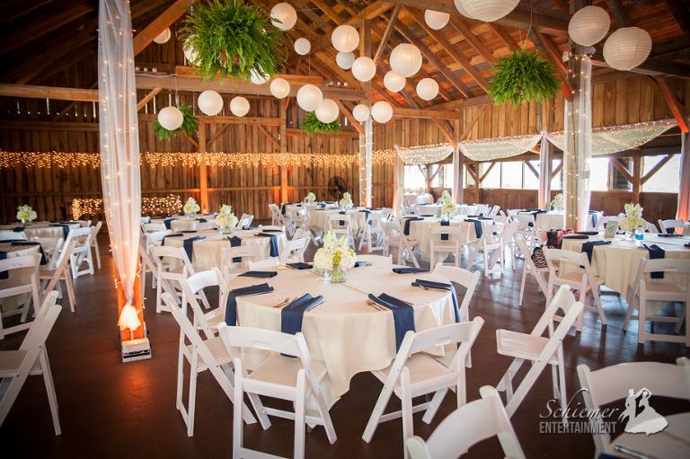 Betsy's Barn Wedding-1