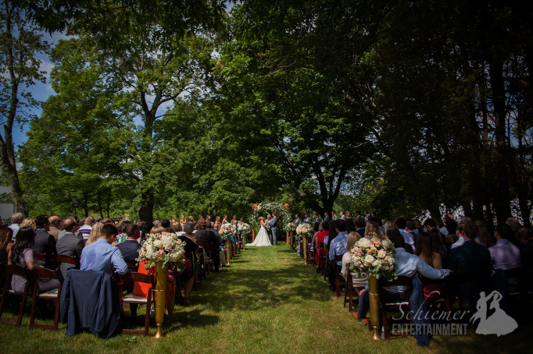Gilfillan Farm Pittsburgh Wedding DJ (5 of 25)