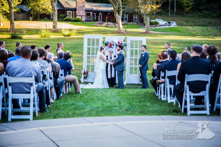mayernik-center-avonworth-wedding-dj-6-of-25